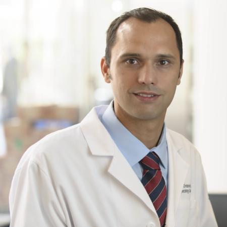 Dr. Oliver Zivanovic